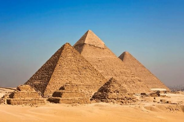 Piramida Giza, Salah Satu Keajaiban Dunia